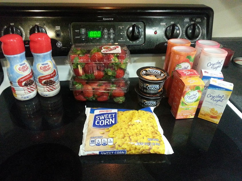 Want to see what a family of 3 eats for $60 a week? Check back every Sunday for a new week of shopping and menus! Week of: 1/10/16. www.nogettingoffthistrain.com