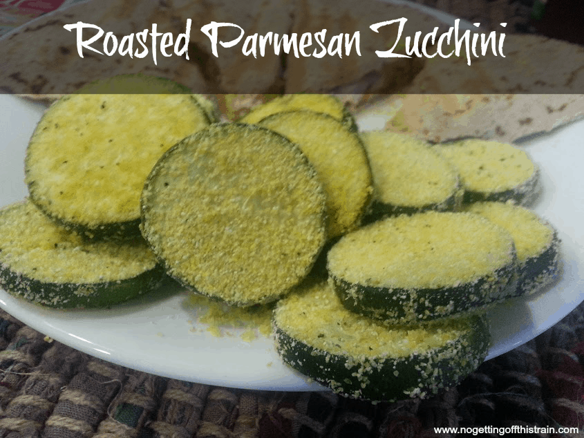 This roasted Parmesan zucchini is a great side item for any meal! www.nogettingoffthistrain.com