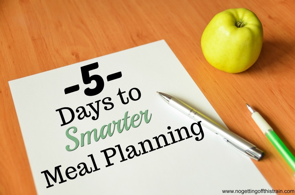 Need help with easy meal planning? This FREE 5-day email course will help you learn to save money on groceries and simplify your meal planning!