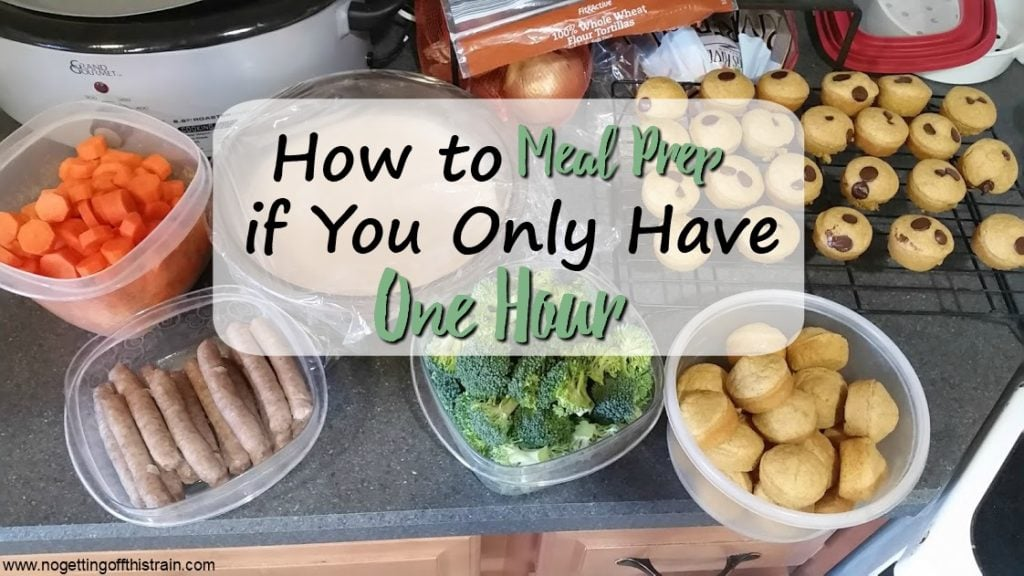 Do you struggle with finding time to meal prep? Here's a quick guide on how to meal prep in one hour to help you save time the rest of the week!