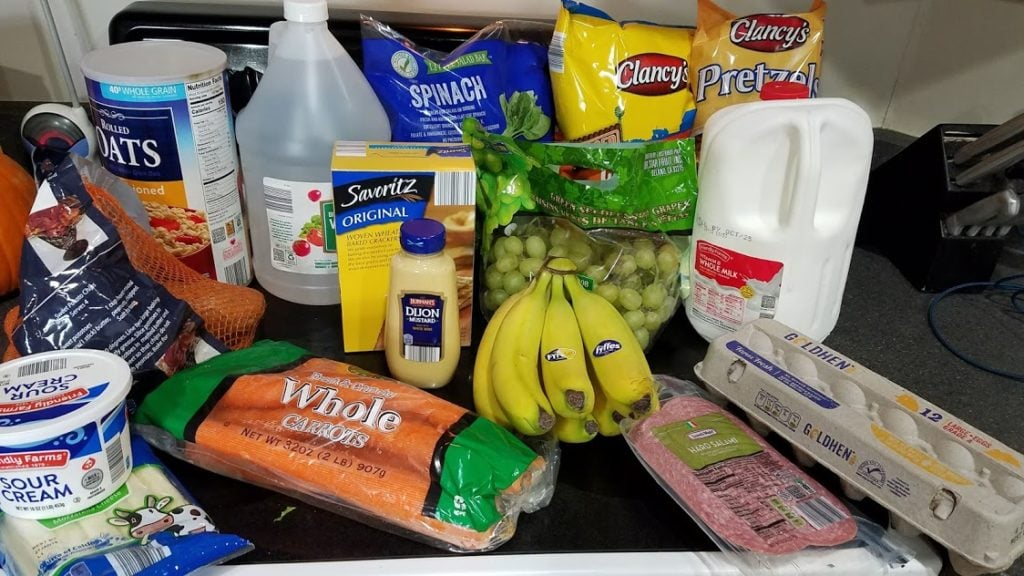 Can you eat for $30 a week? Look at this family of 3's temporary low grocery budget with a grocery list, menu, and frugal recipes! Week of: 10-8-18. #frugal #grocery #groceries