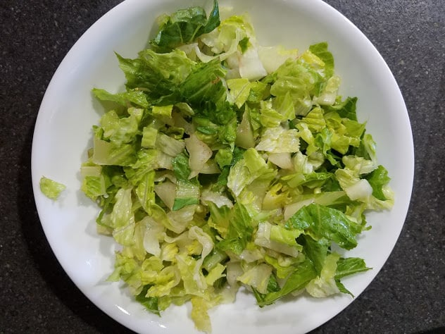 Image of a bowl of romaine lettuce