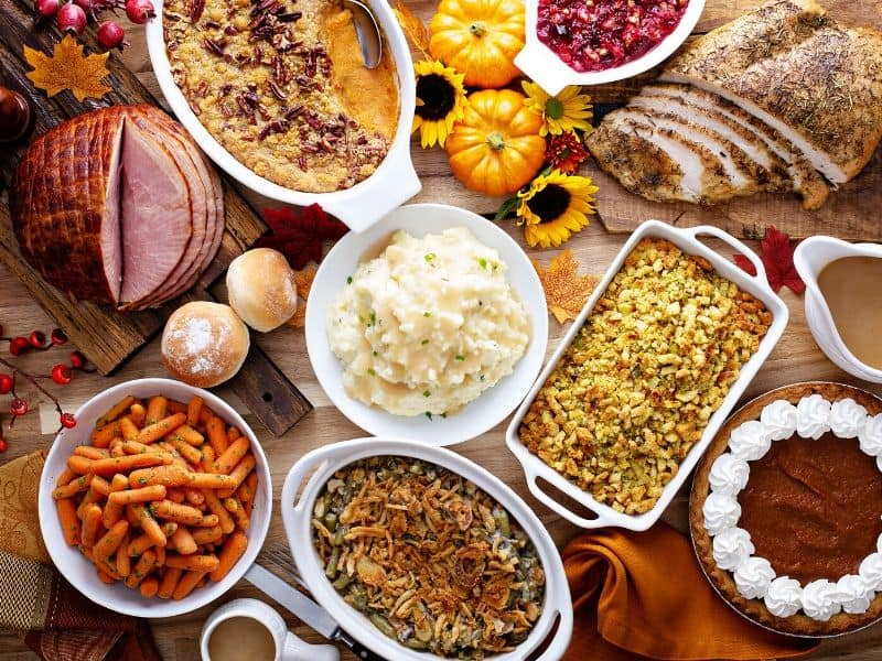 Image of a Thanksgiving dinner