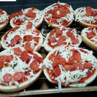 Freezer Friendly Bagel Pizzas